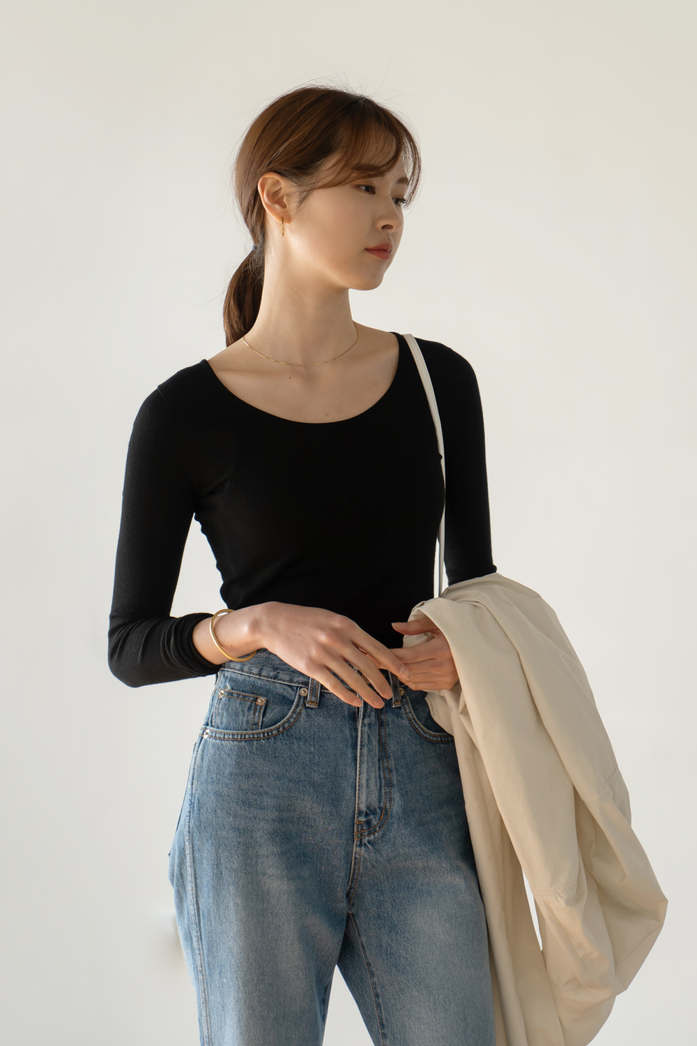 9341_Wholegarment  U-Neck Knit