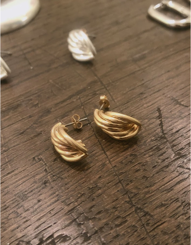 8674_VINTAGE Earrings