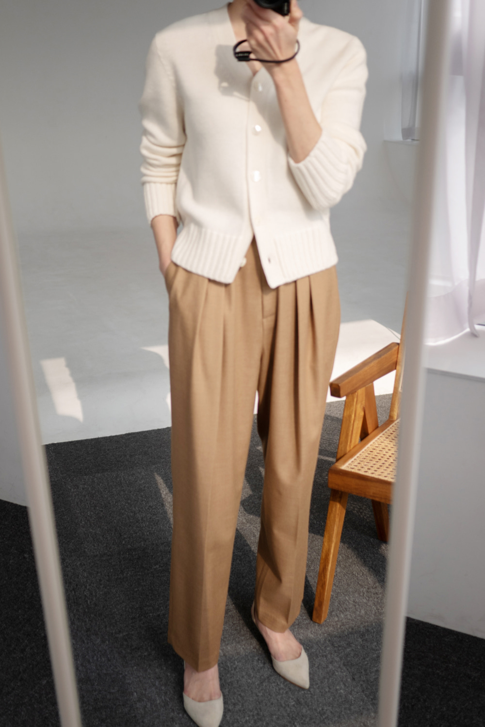 4557_Pintuck volume Trousers